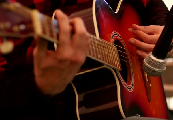 acoustic guitar tips